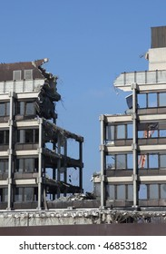 mechanical destruction,demolition site