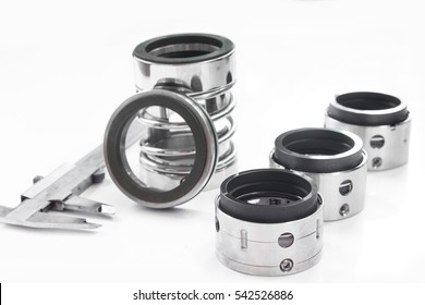 Mechanical Seals for prevent liquid leak for the industry.