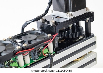 Mechatronics machine consisting of stepping motor and gearbox, electric circuit