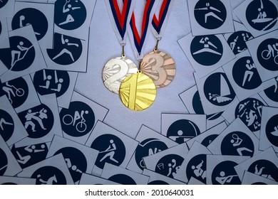 Medal Set, sport wallpaper, pictogram of summer events, original wallpaper for summer game. Medal ceremony, gold, silver and bronze collection. Medal Table wallpaper