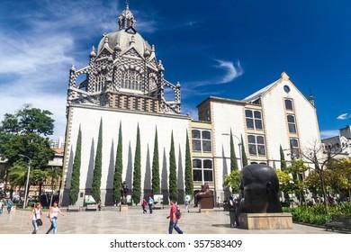 MEDELLIN, COLOMBIA - SEPTEMBER 1, 2015: Plazoleta de las Esculturas (Square of the Statues) in Medellin. Palace of Culture in the background.