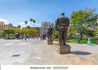 Medellin January 2018 This bronze statues representing Adam ed Eve were created by the artist Fernando Botero and donated by himself to the public park where they are now exhibited.