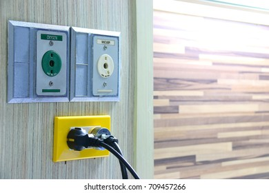 Medical Device and electricity supply plug in Hospital