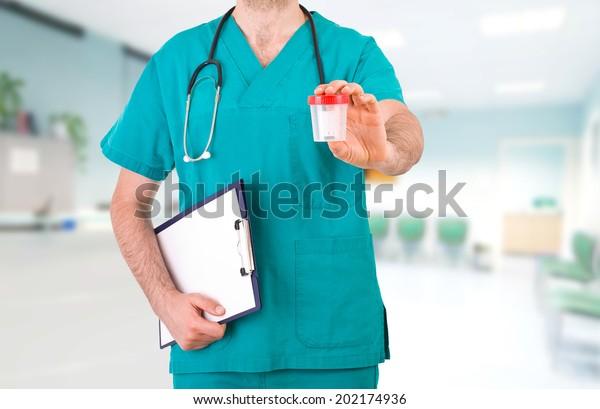 medical-doctor-600w-202174936.jpg