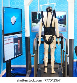 Medical equipment with biomechanical sensors for the rehabilitation of patients with musculoskeletal problems