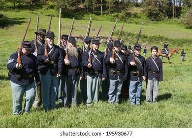 Civil War Battle Reenactment Images, Stock Photos & Vectors