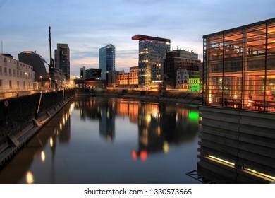 Medienhafen in Düsseldorf, Mälzerei und Colorium