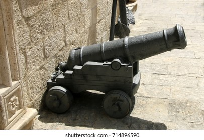 A medieval cannon mounted on a gun carriage. The Old Town of Kotor, Montenegro.
