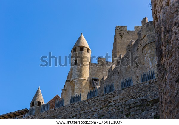 The medieval Chateau de Beynac rising on a limestone cliff above the Dordogne River. France, Dordogne department, Beynac-et-Cazenac