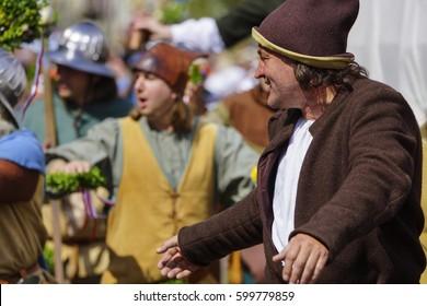 Medieval games during the Landshut Wedding historical pageant, Landshut, Lower Bavaria, Bavaria, Germany, Europe, 14. July 2013