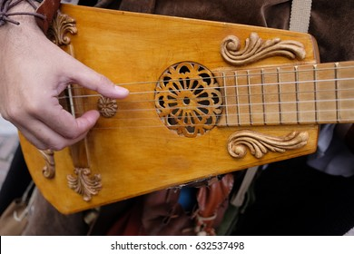 Medieval musical instruments