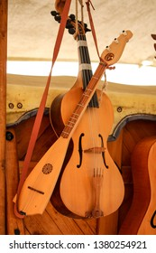 medieval string instruments in the manufacturing process