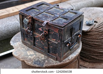 Medieval Style Old Strong Black Box With Lock