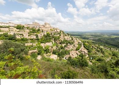 Medieval village Gordes in Provence, France