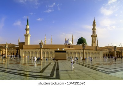 MEDINA, SAUDI ARABIA -8th SEPTEMBER 2017, Pilgrims from around the world  walking in front of the mosque of the Prophet Muhammad in Medina, KSA during beautiful blue sky.