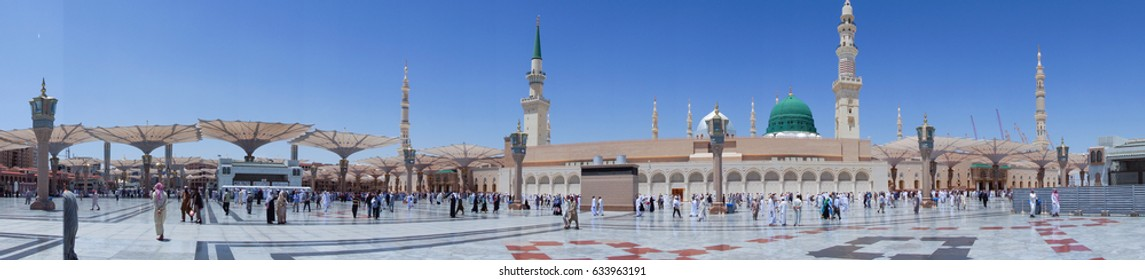 MEDINA, SAUDI ARABIA - APRIL 19, 2016 : Al-Masjid An-Nabawi (Prophet's Mosque) Is A Mosque Established And Originally Built By The Prophet Muhammad PBUH, Situated In The City Of Medina In Saudi Arabia
