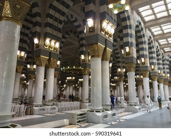 Medina, Saudi Arabic - 20 November 2016 : View inside Mosque of Nabawi the peaceful place for pray and cemetery of Muhammad SAW and Khalifah.