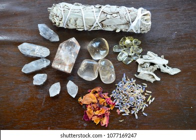 Meditation Grid Kit. Quartz Tower, Natural Citrine, Herkimer Diamonds, Quartz Points, Lavender, Sage, Rose. Healing Crystal Bundle Alter Kit, Wiccan Witchcraft, Crystal Healing Decor