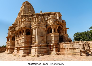 Meera Temple built it in an ornate Indo–Aryan architectural style associated with the mystic saint-poet Mirabai who was an ardent devotee of Lord Krishna and dedicated her entire life to His worship.
