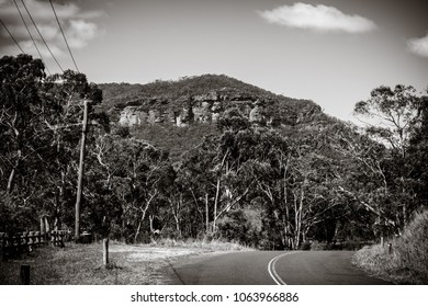Megalong Valley black and white