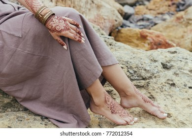 mehendi on hand. mehendi. henna.