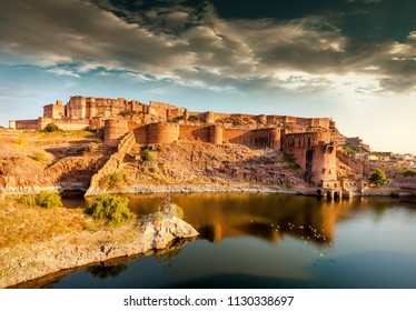 Mehrangarh Fort (Mehran Fort), located in Jodhpur, Rajasthan, is one of the largest forts in India.
