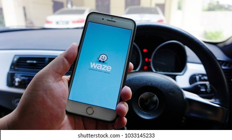 Waze Images, Stock Photos & Vectors | Shutterstock