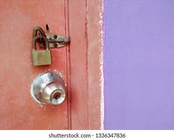padlock wooden door Images, Stock Photos & Vectors | Shutterstock