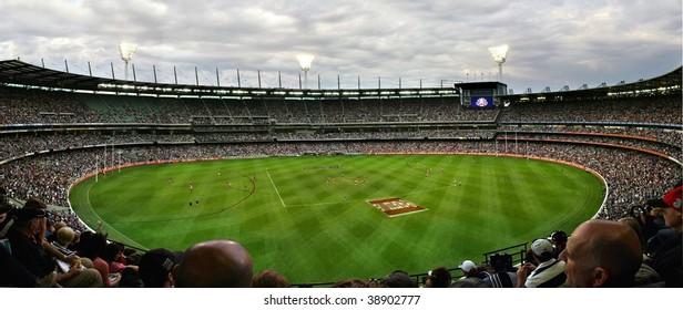 MELBOURNE APRIL 25:  A packed MCG stadium on Anzac Day 2008,  Collingwood vs Essendon 25 April 2008, Melbourne Australia