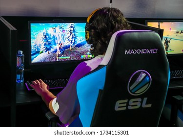 MELBOURNE, AUSTRALIA - JANUARY 27, 2019: Hundreds Fortnite gamers compete during Fortnite Summer Smash at Australian Open 2019 in Melbourne. Fortnite is an online video game developed by Epic Games an