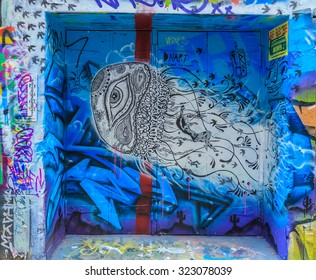 MELBOURNE, AUSTRALIA - MAR 19: Jelly fish Graffiti at Hosier Lane on Mar 19, 2015 in Melbourne. It's one of the tourist attraction which is the ever-changing graffiti on the walls of Hosier Lane.