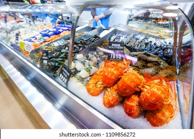 MELBOURNE, AUSTRALIA - MARCH 15, 2018 : Fresh lobster at tourist attraction place, Queen Victoria Market. Wet market for meat and seafood.