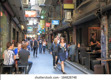 MELBOURNE AUSTRALIA - MARCH 29,2014: Unidentified people dine at Centre Place Melbourne - Melbourne is famous for its lane culture and outdoor dining area.