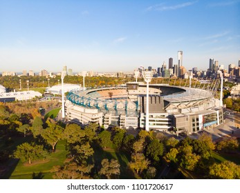 MELBOURNE, AUSTRALIA - MAY 30: Melbourne's famous skyline with Melbourne Cricket Ground stadium in the foreground on a cool autumn morning in Melbourne, Victoria, Australia on May 30th 2018.