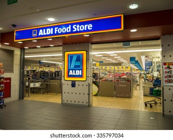 Melbourne, Australia - November 1, 2015: Aldi operates more than 370 discount supermarkets in Australia including this Brandon Park store. Australian Aldi stores are part of the German Aldi Sud group.