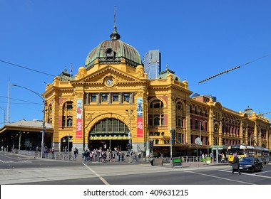 MELBOURNE, AUSTRALIA - OCTOBER 24, 2015: Front view of the Flinders Street Station. The station is the major interchange for suburban trains in Melbourne.