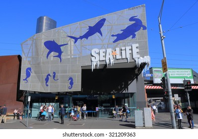 MELBOURNE AUSTRALIA - SEPTEMBER 26, 2015: Unidentified people visit Sea Life Aquarium. Sea Life is a Southern Ocean and Antarctic aquarium in central Melbourne opened in 2000.