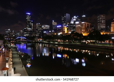 Melbourne city center at night