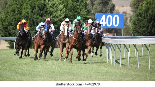 MELBOURNE - FEBRUARY 21: Horses entering the straight in the Ritchies Communities Benefits Plate, won by Quantum Fire at Yarra Glen on February 21, 2010 near Melbourne, Australia.