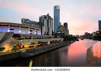 MELBOURNE, VIC, AUSTRALIA - NOVEMBER 05: Night scene to Southbank district with illuminated Southgate complex, arts center and Eureka tower, on November 05, 2017 in Melbourne, Australia