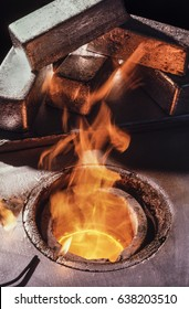 Melting silver bars Fire vat to melt silver ingots