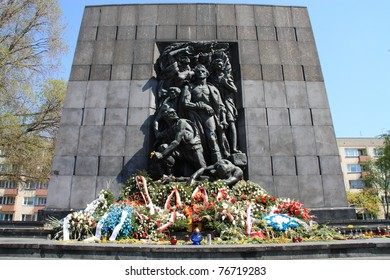 Memorial to Jewish uprising in Warsaw Ghetto in Second World War.