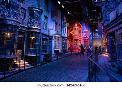 Memorial Picture at the Warner Brothers Studio tour 'The making of Harry Potter' in Leavesden, London, the UK, Sep 20, 2018
