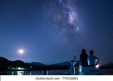 Memories of love in the night with the stars full of the sky, there is the Milky Way. And stars in the night sky are loving witnesses.