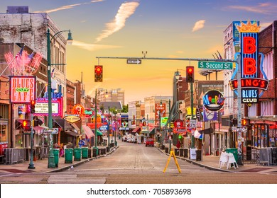 MEMPHIS, TENNESSEE - AUGUST 25, 2017: Blues Clubs on Beale Street at dawn.