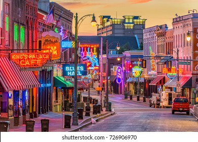 MEMPHIS, TENNESSEE - AUGUST 25, 2017: Blues Clubs on historic Beale Street at twilight.