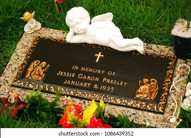 Memphis, TN, USA July 20, 2009 The Grave of Jessie Garon Presley, Elvis' twin brother who died at birth, was exhumed and reburied at Graceland