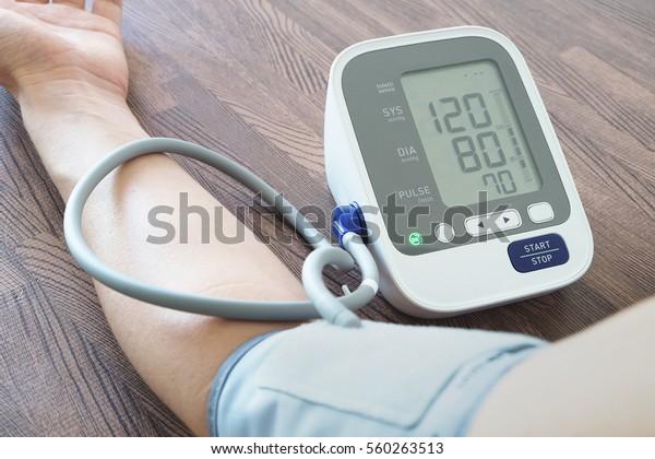 Monitor de presión arterial mareado
