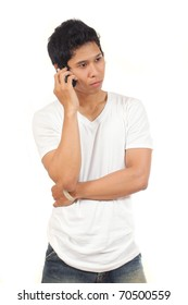 mens holding a phone hearing someone talking
