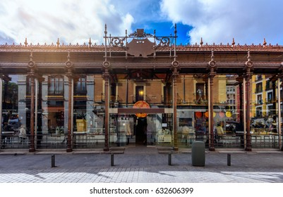 Mercado San Miguel in Madrid, Spain. Mercado San Miguel of Madrid is one of the most popular landmark in Madrid, Spain.